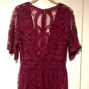 Honey Punch Dresses - NWT Honey Punch maxi lace dress.